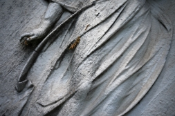 goldman_vivien_Forest-Hills-Cemetery-Figures-in-Stone02